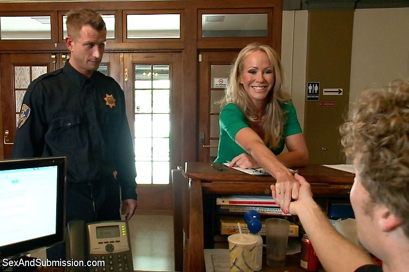 Simone sonay busty blonde milf is rope bound and fucked by security guards - part 664