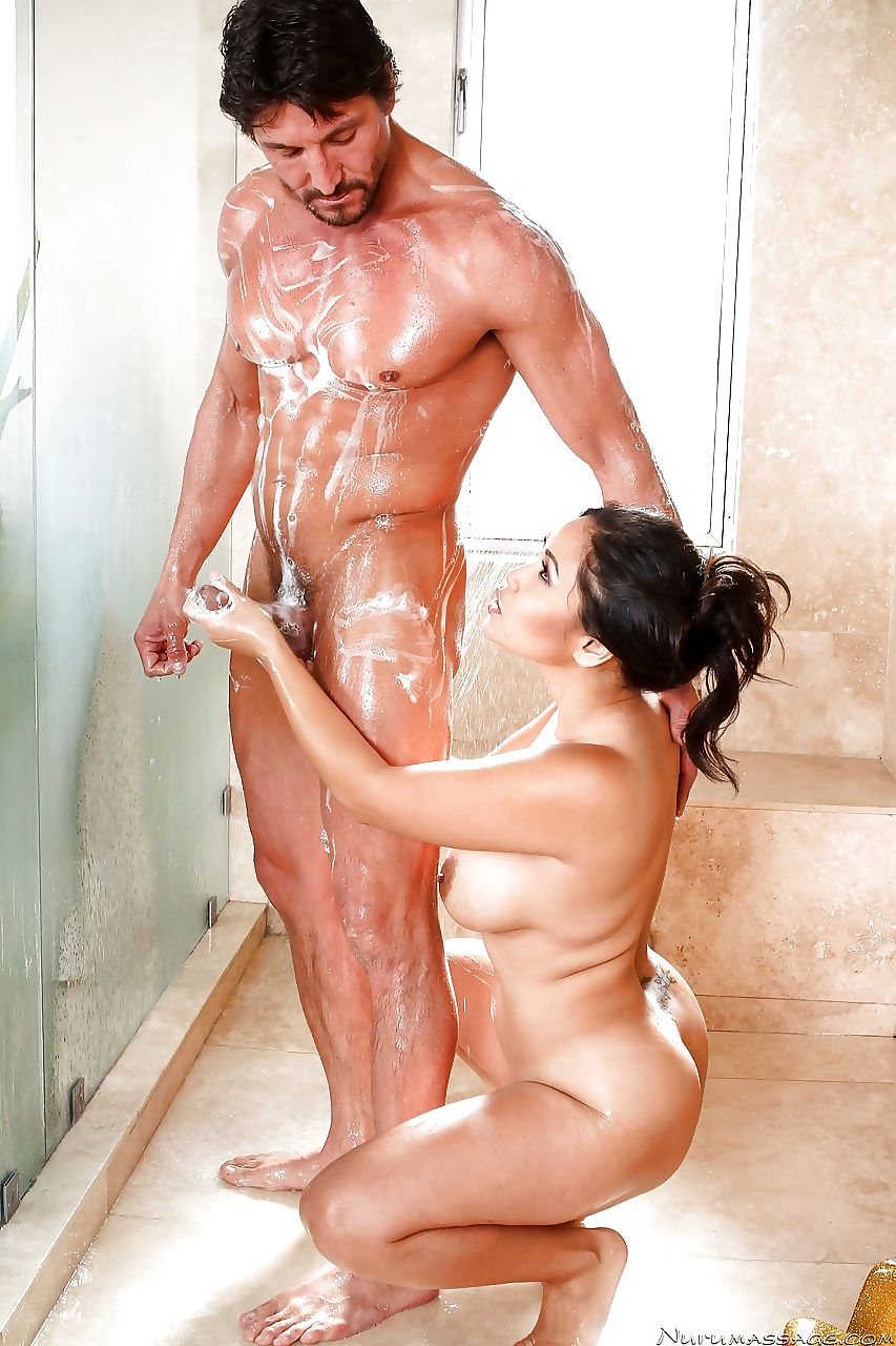Brunette MILF Jessica Bangkok showing big tits giving handjob in the bath