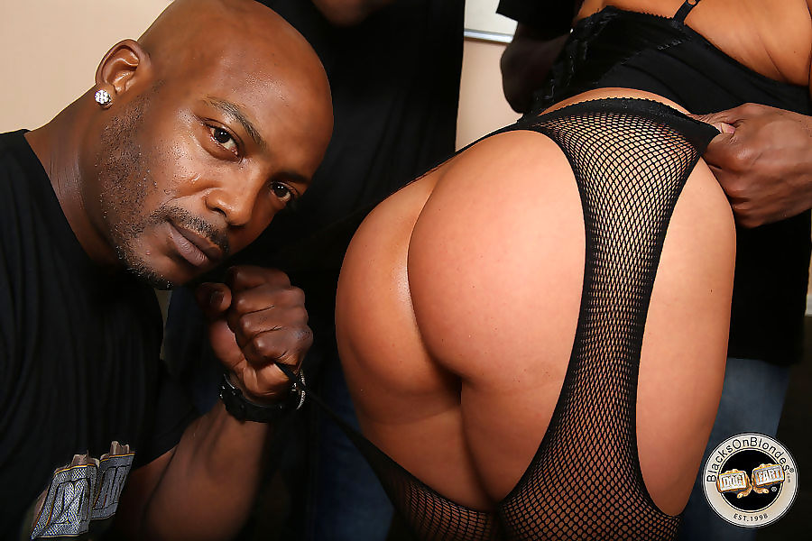 Busty kaylynn fucks a group of black men - part 243