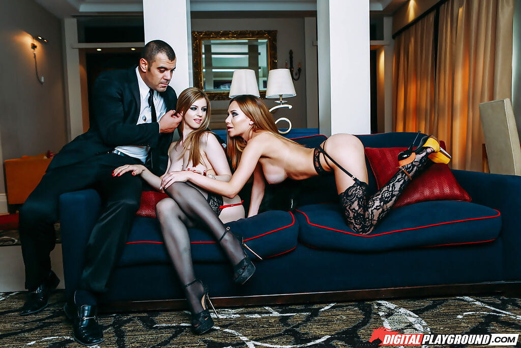 European females Stella Cox and Subil Arch having 3some in hot stockings