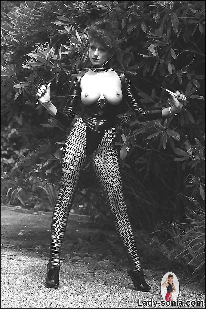 Vintage leggy latex mistress lady sonia - part 300